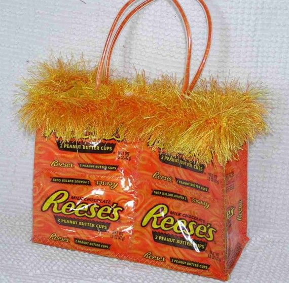 PDF  Small Candy Wrapper Purse Sewing Pattern by LauriesGiftsBiz, $12.00