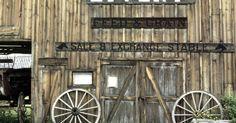 Como construir uma cidade do Velho Oeste com papelão