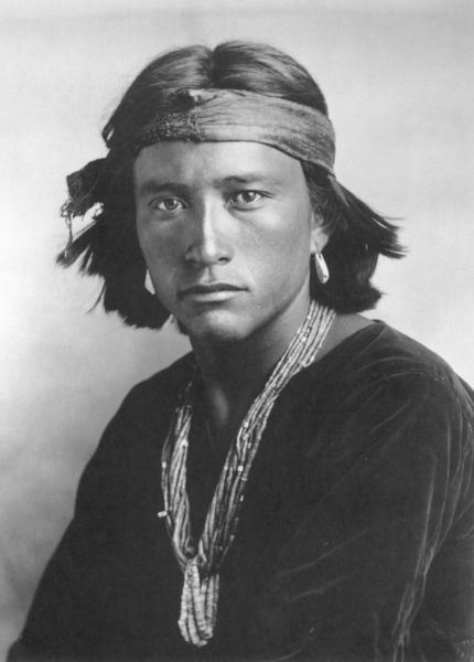 Navajo l I've seen this photo many times, and I think just realized what a very handsome man this was.