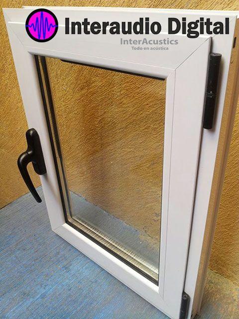 Ventana acústica de aluminio con vidrio doble