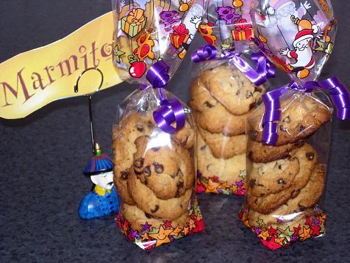 Mrs. Field's cookies (star des cookies américains) : Recette de Mrs. Field's cookies (star des cookies américains) - Marmiton
