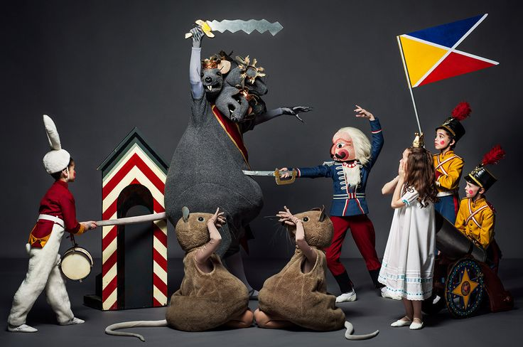The Mouse King and the Nutcracker do battle surrounded by the Bunny, mice, Marie, and toy soldiers. PHOTOGRAPH BY HENRY LEUTWYLER.