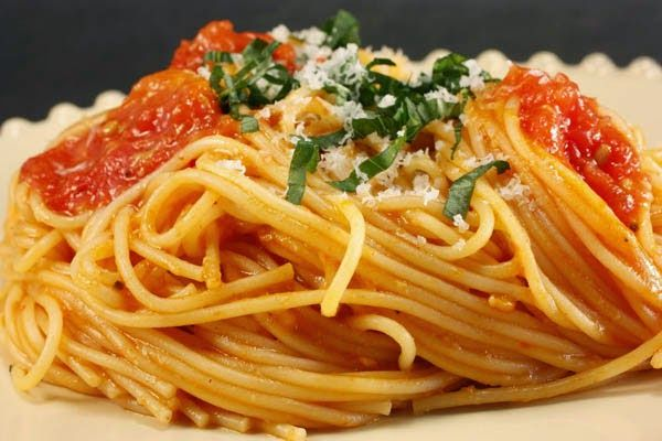- Spaghetti with the Preserved Fish Roe - Category: Mediterranean Diet, Monastic Recipes of Mount Athos.  Serves: 4,  Preparation time: 15min + 1h to remove the salt, Level: Easy