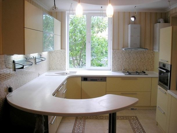 Rohové kuchynské linky pre malé kuchyne