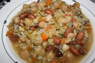 CrockPot White Bean and Sausage Soup: White Beans, Soups, Crockpot White, Sausage Soup, Crockpot Meals, Crock Pot, Slow Cooking, Crockpot Recipes, Bean Soup