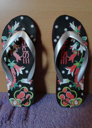 Kaufe meinen Artikel bei #Kleiderkreisel http://www.kleiderkreisel.de/damenschuhe/flip-flops/84111300-flip-flops-schuhe-bunt-muster-basic-sommer-esprit