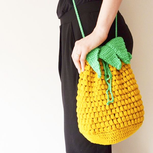 Pina Colada shoulder bag Crochet pattern by Kath Webber | Crochet patterns, Crochet, Crochet blanket patterns