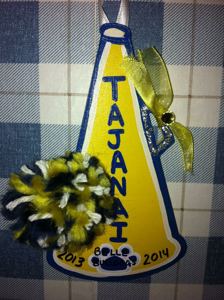 45 best images about cheer decoration on pinterest for Cheerleading decorations