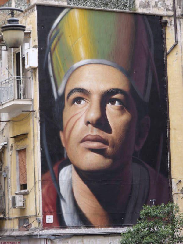 Cosa vedere a Napoli. Ecco alcuni 'consigli' fotografici sugli imperdibili luoghi, panorami e beni artistici della capitale del sud.