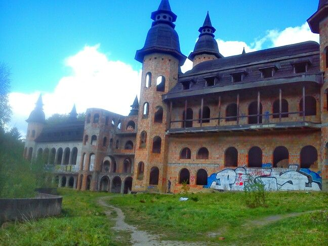 Zamek,którego nigdy nie ukończono