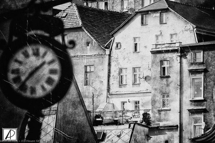 Artwork >> House Of The Art >> clock