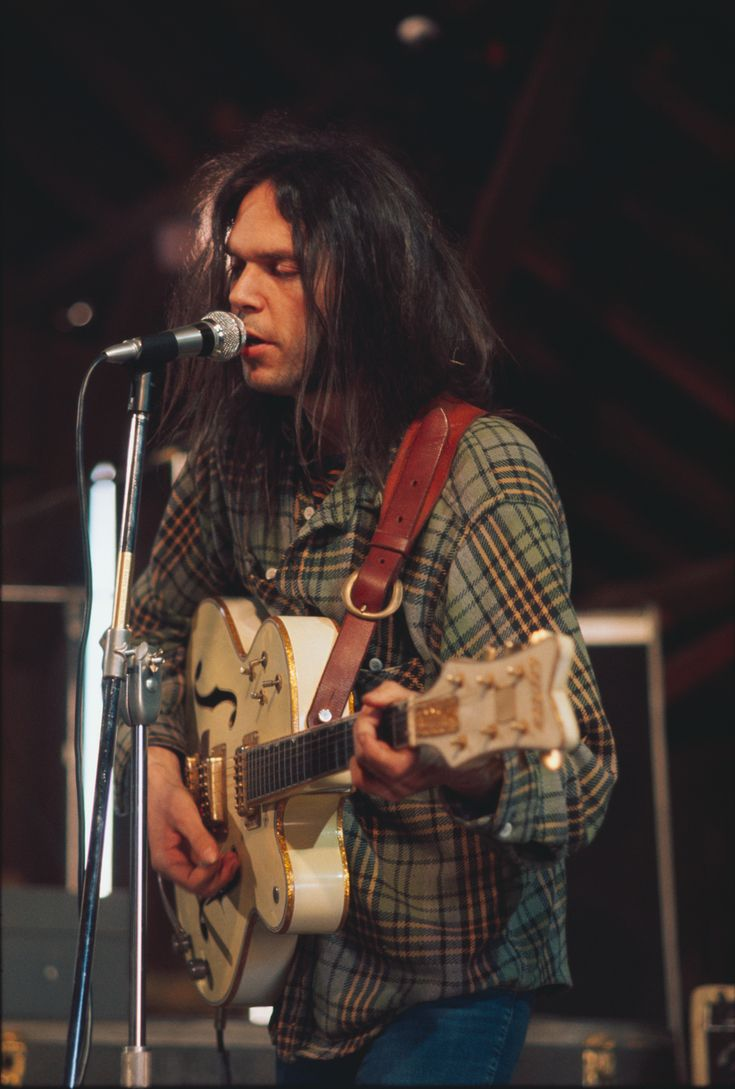 Neil Young - The Squires, The Mynah Birds, Buffalo Springfield, Crosby, Stills, Nash & Young, Crazy Horse, The Stray Gators, The Stills-Young Band, The Ducks, Northern Lights, Pearl Jam, Booker T. Jones, Leon Russell, Elton John, Pegi Morton Young