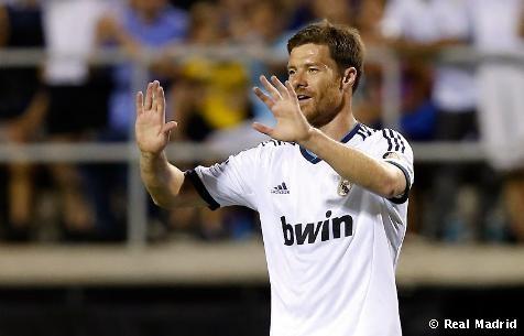 El Real Madrid ganó 2-1 al Santos Laguna bajo un calor sofocante en el estadio Sam Boyd de Las Vegas.