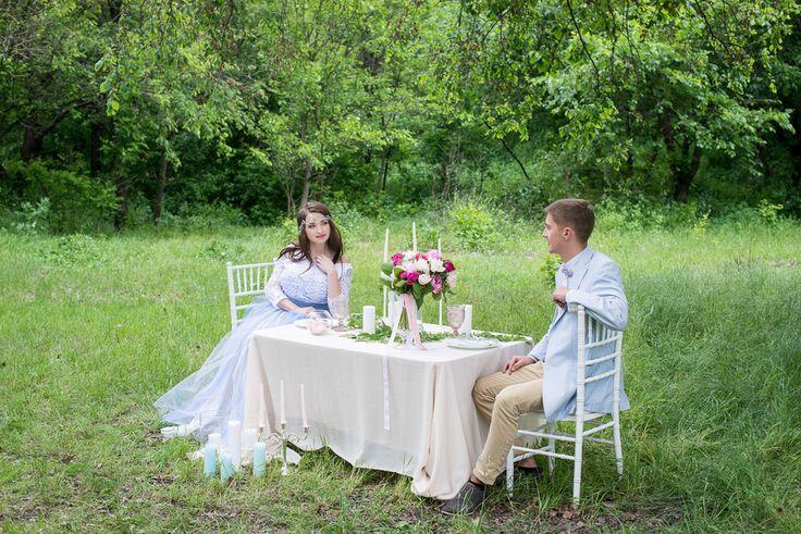 | Wedding Planning, Ideas & Etiquette |  Wedding photo| Wedding photoshoot | Bridal Bouquet  | Bride | Groom | Wedding hair idea | Bridal bouquet