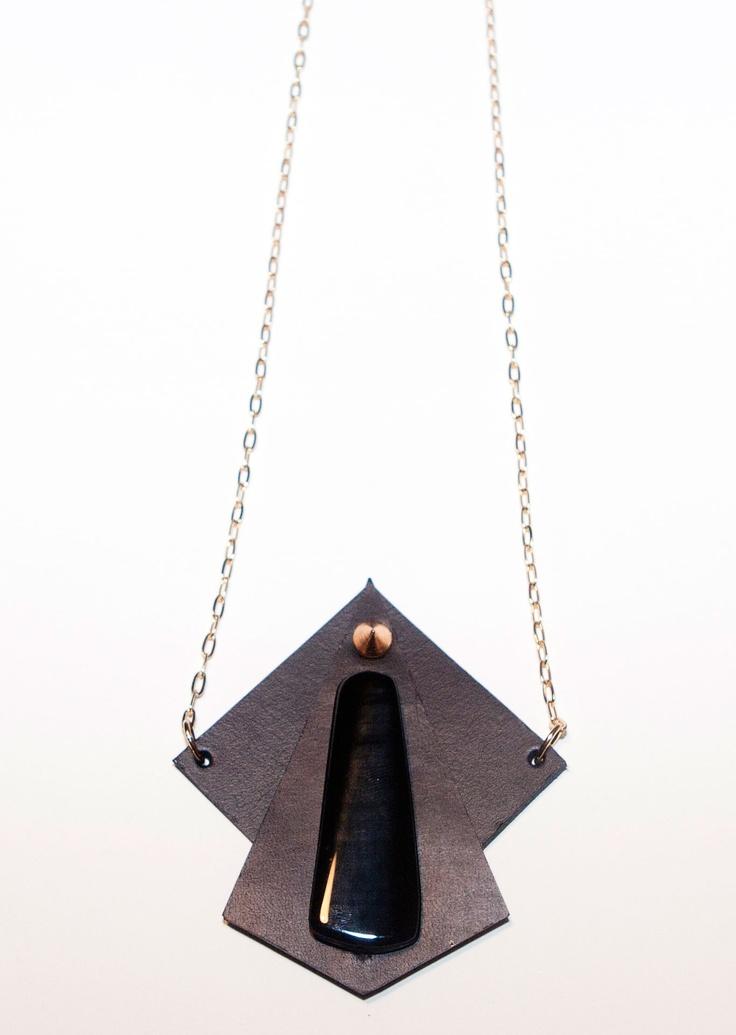agate & leather pendant collar  www.lulasays.com