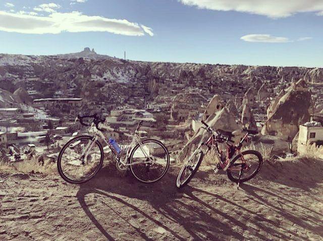 Günaydınlar  @enisssgocer teşekkürler #bisiklet #bisikletturu #bisikletkeyfi #kapadokya #bubisiklet #mersinbisiklet #bisikletliulasim #bisikletkeyfi #bisikletaşkı #bisikletliyasam #doğa #manzara