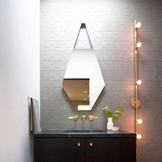 One (half) hex-y bathroom. Design and : @brightdesignlab