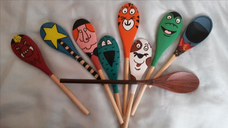 Room on the broom story spoon props