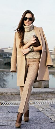 classic- camel coat & aviators