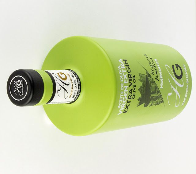 HOJIBLANCA HG - Extra Virgin Olive Oil on Packaging of the World - Creative Package Design Gallery