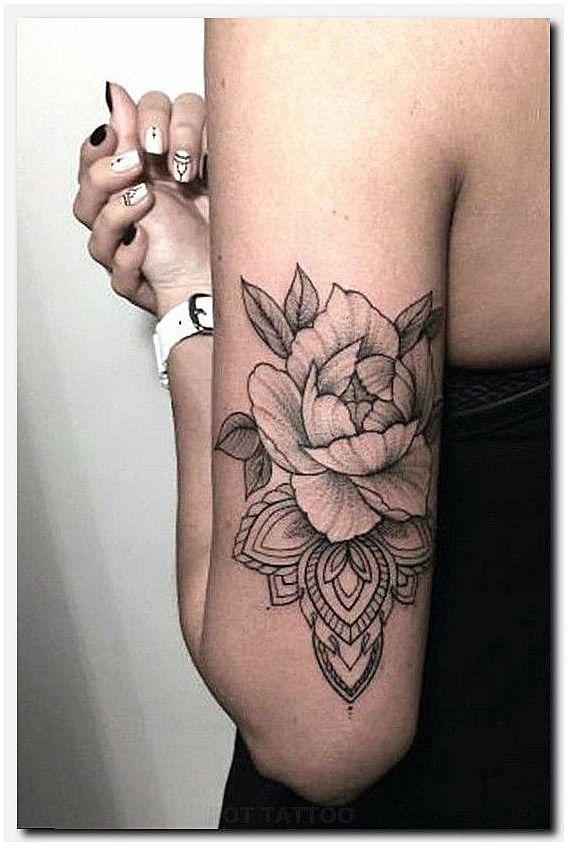 #MensSleeveTattoo #SleeveTattoos Tattoos am Fuß, Vogelkäfig-Tattoo, Italienisch …