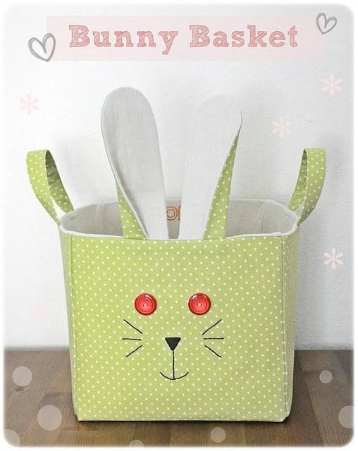 Fabric Bunny Basket!  DIY in facilysencillo.blogspot.com