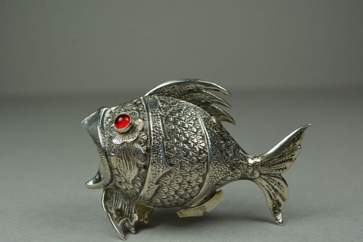 1000 images about very vtg kitchen fish shaped on for Fish in spanish