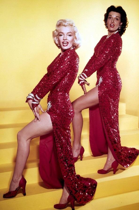 Los 7 vestidos más caros que fueron usados por famosos en el cine | Vestidos Glam