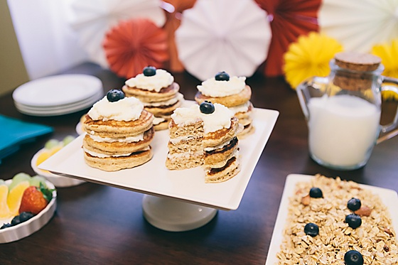 Pancake cake, Mini pancakes and Pancakes on Pinterest