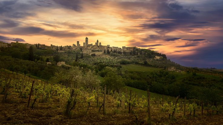 The City of Towers - San Gimignano and its surroundings, Tuscany, Italy