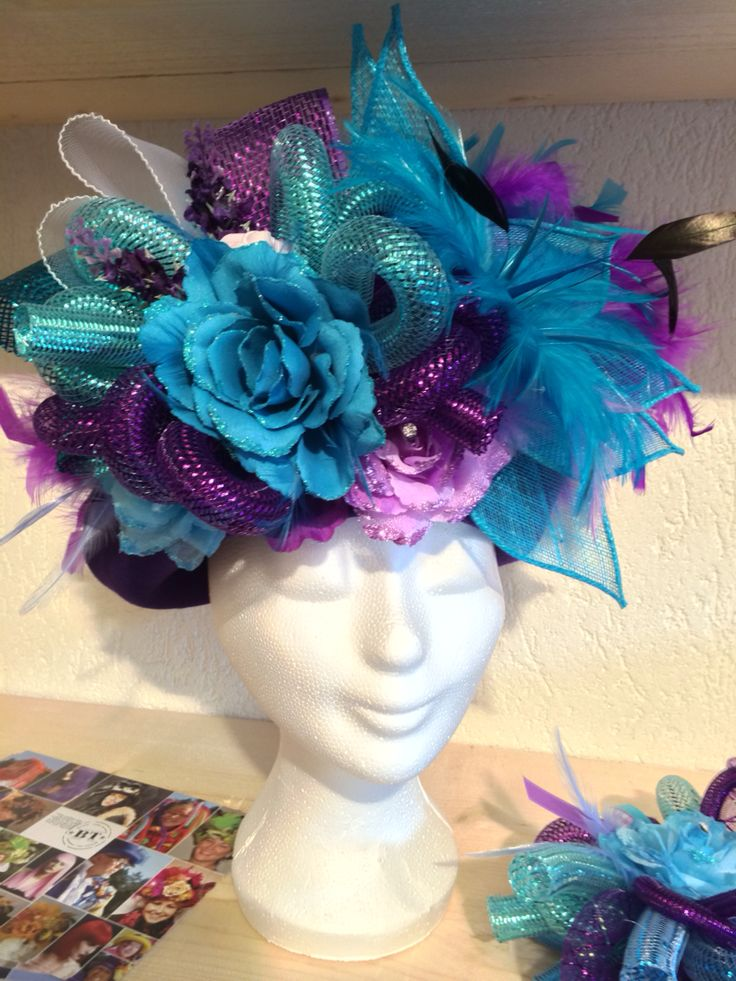 Handmade hat turquoise/purple for vastelaovend / carnaval. Order in any colour. Made by BTstyling. http://www.btstyling.nl http://www.facebook.com/beejtheunissen