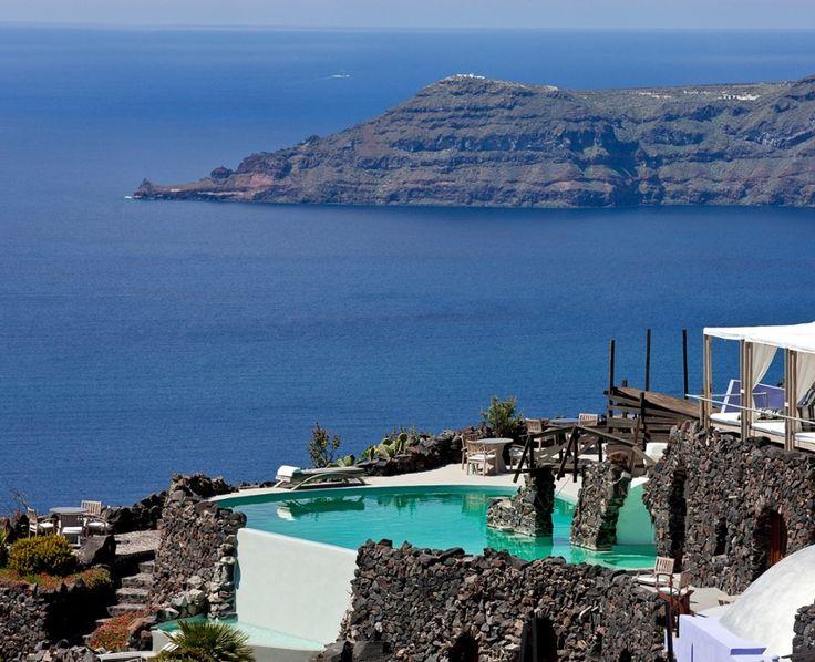 Honeymoon Petra Villas - Santorini, Greece