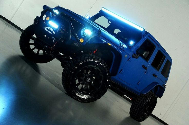 Starwood Custom blue jeep wrangler with light's