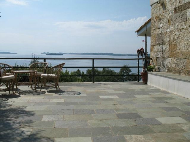 For Sale Villa, Faiakes, Komeno, 500 sq.m., In plot 2022 sq.m., 2 Levels, 8 Rooms, 8 Bedrooms, (8 Master), 6 Bathrooms, 2 Κitchen/s,  2 Fireplace, Floors: M...