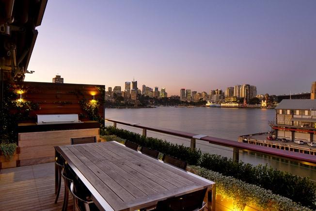 Balcony Garden with built in Electrolux BBQ.  Walsh Bay, NSW Australia  Anthony Wyer + Associates  http://www.anthonywyer.com