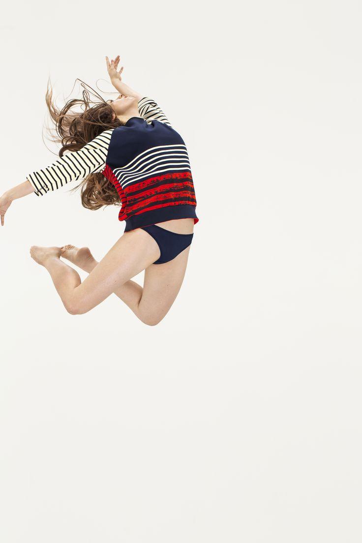 Petit Bateau x Cédric Charlier women's sweatshirt. - http://www.petit-bateau.fr/?CMP=SOC_11732SOU=TYP=SOCKW=pinterest #petitbateau #cedriccharlier #sweatshirt