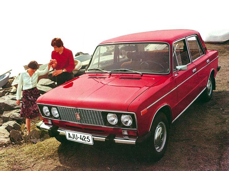 Lada 1600 GL  De eerste Lada beviel wel, spiksplinter nieuwe gekocht met toeters en bellen.  Na 9 maanden knalde er een losgeschoten aanhanger van een tegenligger onder. Einde Lada periode :-(