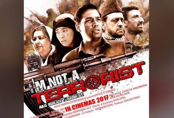 """Filem 'I'm Not A Terrorist' gabungan pelakon Malaysia dan Bollywood perjelas isu keganasan   KUALA LUMPUR: 'I'm Not A Terrorist"""" - Filem terbaharu bakal ditayangkan di pawagam bagi menjelaskan bahawa agama Islam bukanlah agama yang berkaitan dengan keganasan sebaliknya menekankan pentingnya keamanan.  Filem terbitan White Merpati Entertainment itu menjalani penggambaran selama 46 hari di Kuala Lumpur dan Kashmir membabitkan kos RM5.2 juta yang bakal ditayangkan di pawagam utama di seluruh…"""