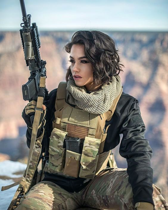Military Girls Wallpaper - Women in the Military Photo - Girls and Guns - Tactical Girls | Hot Military Babes - Sexy Girls & Guns - Girls With Weapons ...