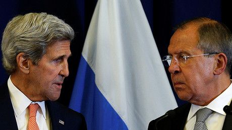 US warning to Russia 'unprofessional, threatening, tactless & undiplomatic' - fmr British Diplomat  U.S. Secretary of State John Kerry and Russian Foreign Minister Sergey Lavrov © Kevin Lamarque