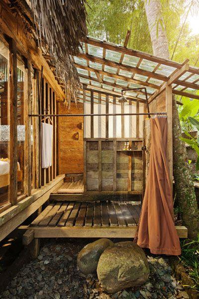 madeira e cobertura translúcida