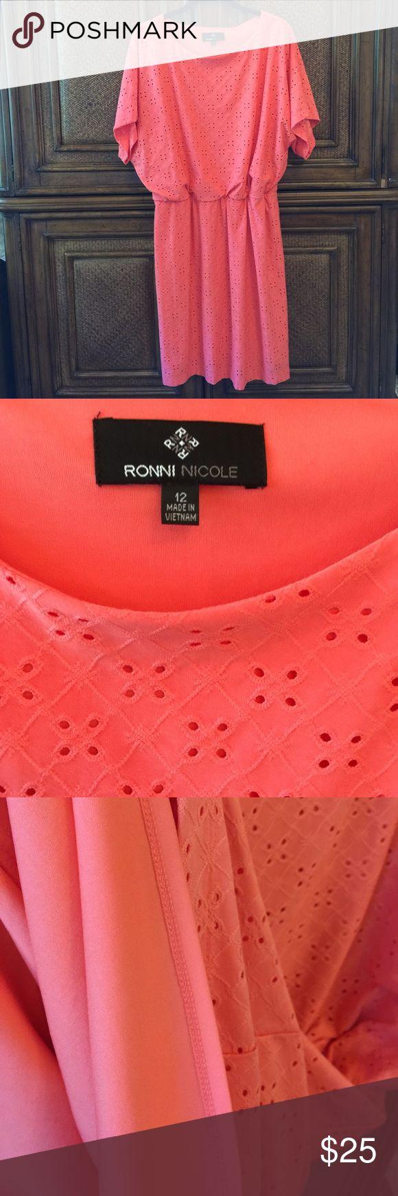 Peachy dress fully lined elastic waist stretchy Peachy dress fully lined elastic waist stretchy material NWOT Ronni Nicole Dresses Midi