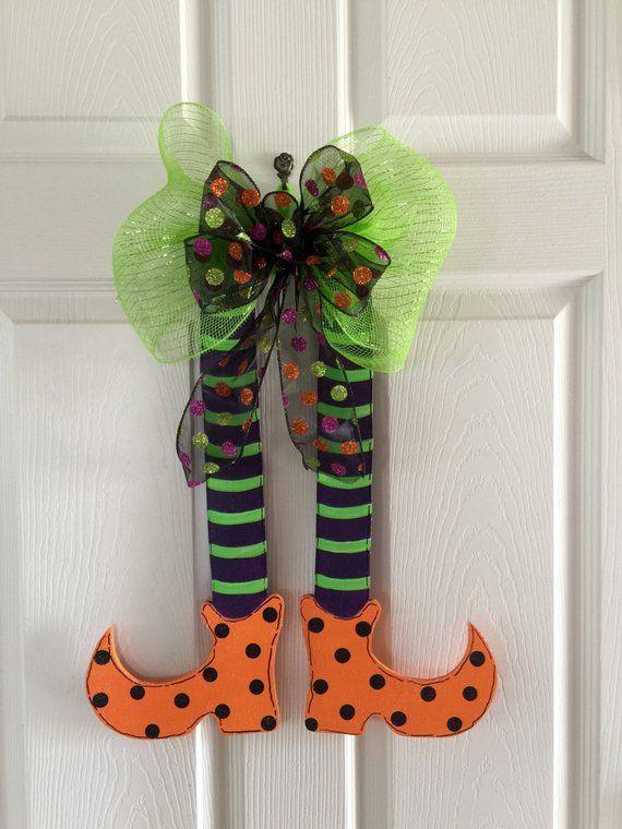 Witch legs foor hanger