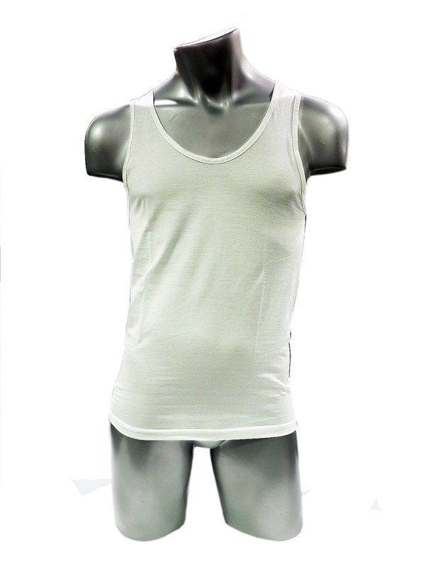 Camiseta Land clásica de TIRANTES EN HILO. Elaborada en uno de los mejores algodones del mundo, caracterizados por fibra fina, larga y suave. http://www.varelaintimo.com/82-camisetas-tirantes