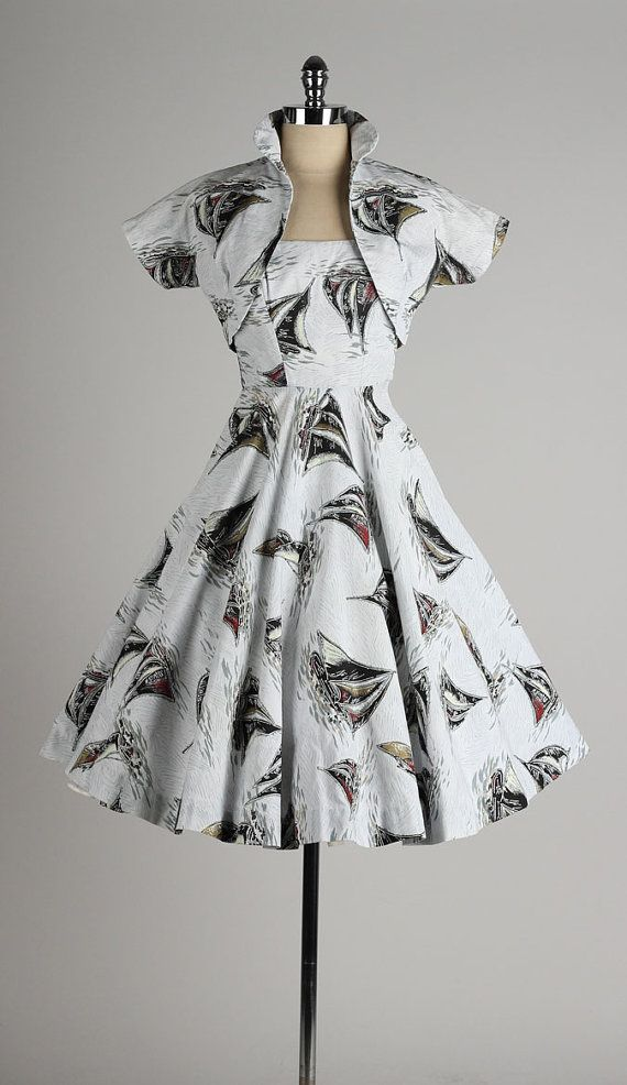 1892 best images about I Love Vintage Clothing on Pinterest | Gold ...