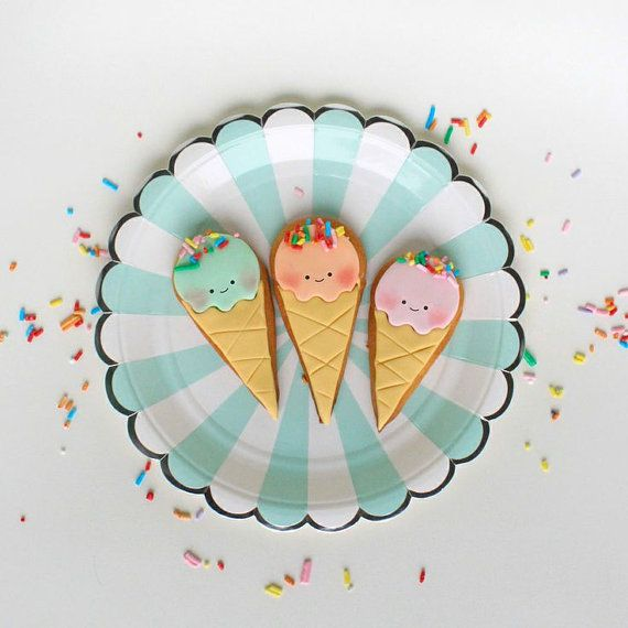 Cute ice cream cone cookies