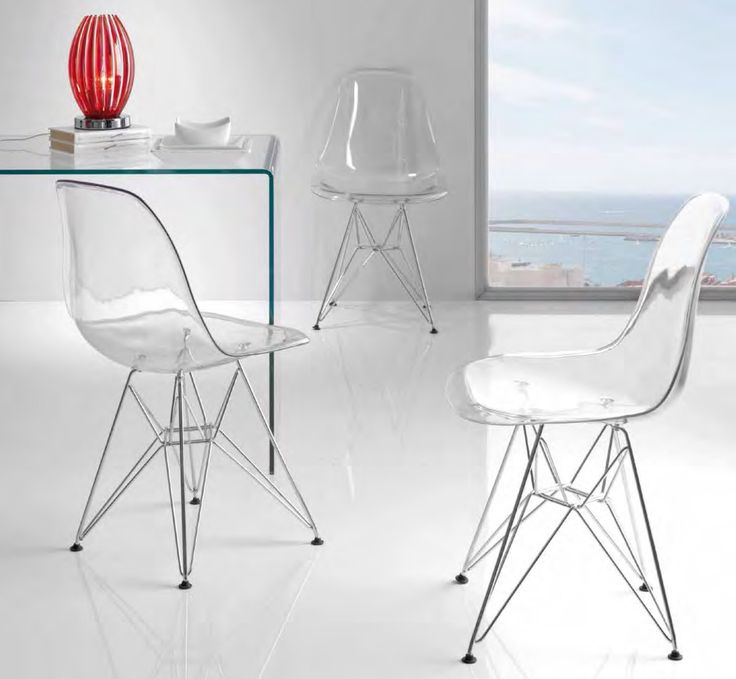Stol modell LARS transparent. #stol #mirame #interior #interiør #spisestue #kjøkken #kjøkkenstoler #spisestuestol #design #nettbutikk #interiørpånett #hus #hjem #transparent