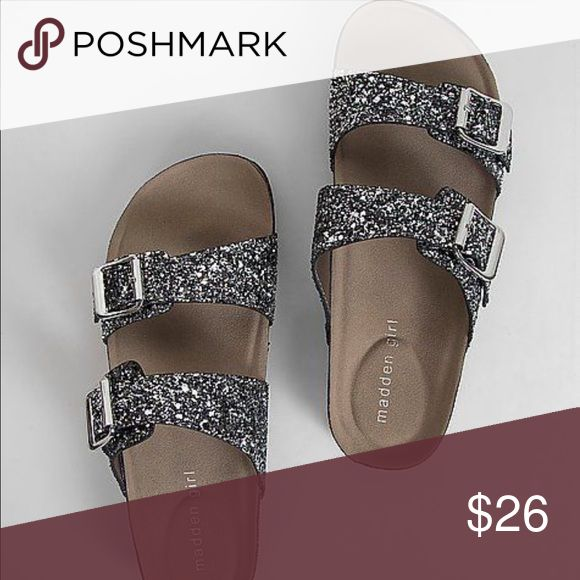 Madden Girl Birkenstock Style Sandals Madden girl Birkenstock Glitter Style Sandals Size 8  ⬇️❤️⬇️❤️⬇️❤️  NO TRADES ⚡️ BEST OFFER WELCOMED  NO LOW BALLING  NO RETURNS! Steve Madden Shoes Sandals