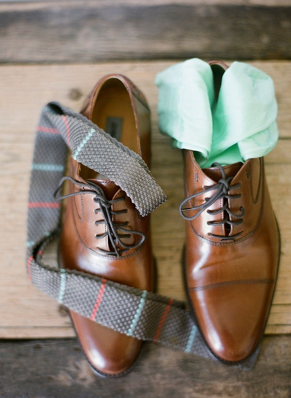 I like brown shoes #groom    Textured tie might be interesting as well, but probably with a khaki suit?