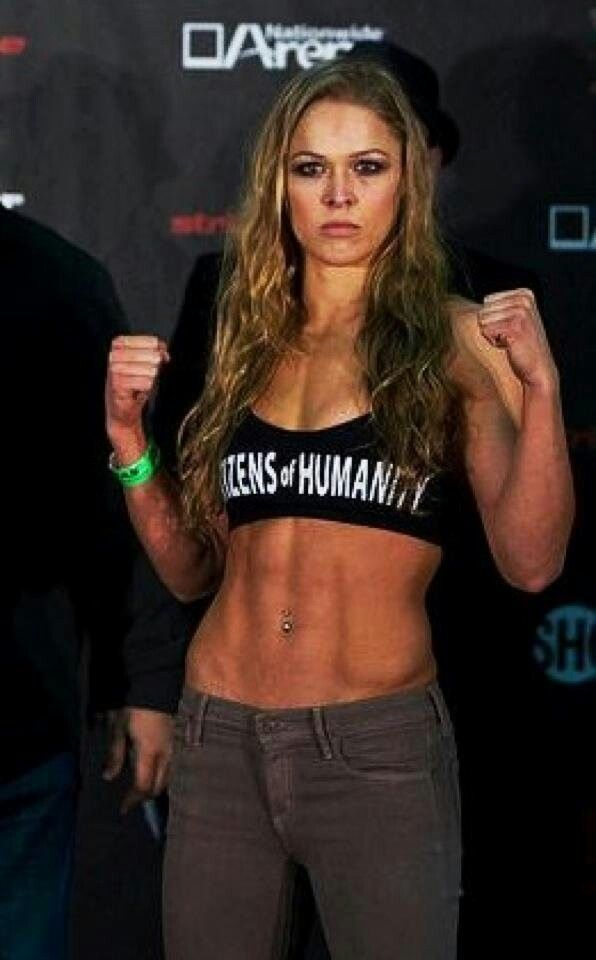 Rhonda Rousey cannot wait for the fight Saturday, she's obviously gonna murdaaa her component... Yes!!! Love me some Rousey!